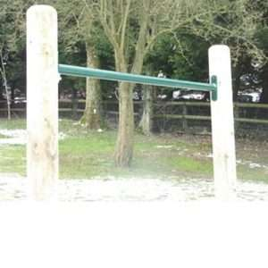 Somersault bar with posts